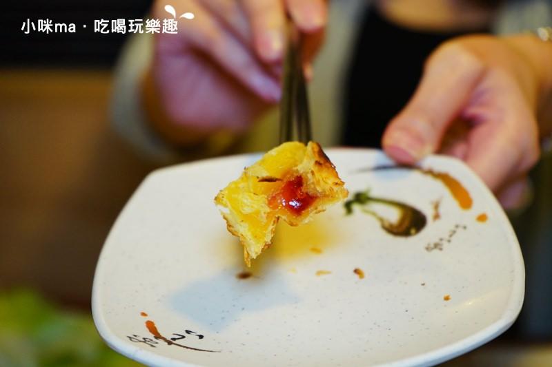 必吃甜點草莓酥小心燙口